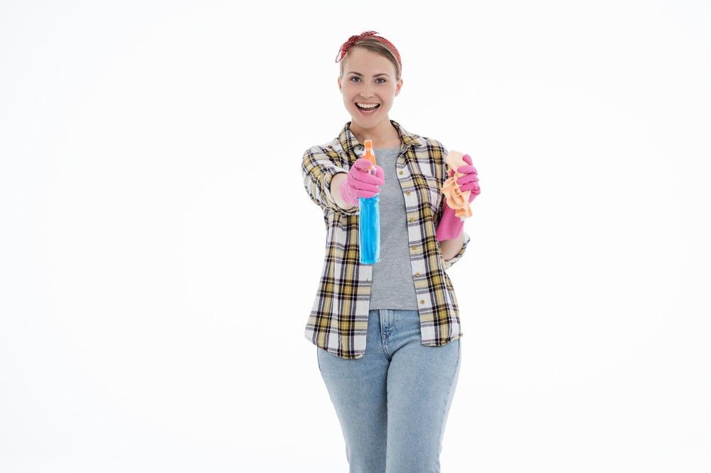 Keukenkasten schoonmaken doe je z